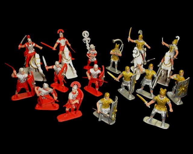 Romans SPQR 16 figures in 16 poses w/4 horses  (painted) <FONT COLOR=#CC0000>(60mm) </FONT>