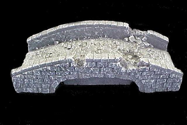 Arched Stone Bridge 10''L x 4''D x 2.5''H (9804) <FONT COLOR=#CC0000>(54mm) </FONT>