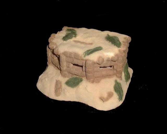 Japanese Palm Log Pill Box ( 7''L x 4''H x 6''W)(painted) <FONT COLOR=#CC0000>(54mm) </FONT>