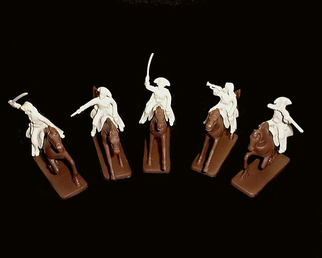 French Cavalry 5 figures in 5 poses w/5 horses  (white) (5470) <FONT COLOR=#CC0000>(54mm) </FONT>