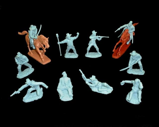 Artillery/Cavalry  10 figures  in 10 poses w/2 horses (light blue) <FONT COLOR=#CC0000>(54mm) </FONT>