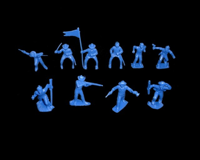 Cavalry/Frontiersmen  25 figures in 10 poses (blue) <font color=#CC0000>(45mm) </FONT>
