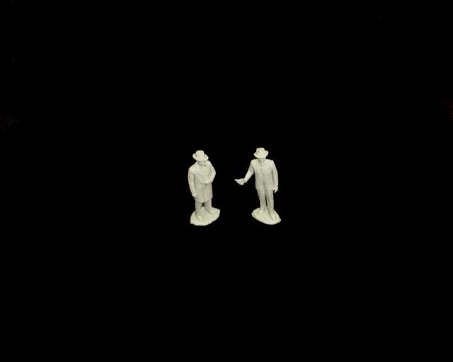 Al Capone and Elliot Ness (gray)  <font color=#CC0000>(54mm) </FONT>
