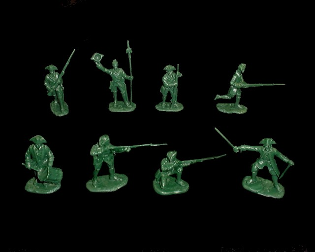 French Infantry 16 figures in 8 poses (green) (5546)  <FONT COLOR=#CC0000>(54mm) </FONT>