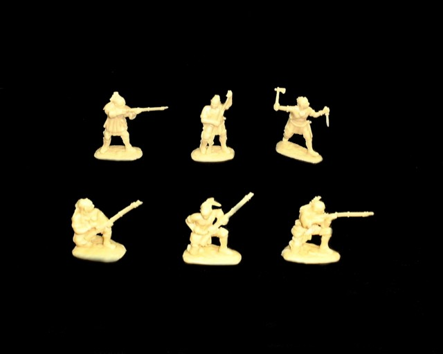 Woodland Indians 18 figures in 6 poses series #2 (cream) (5548B) <FONT COLOR=#CC0000>(54mm) </FONT>