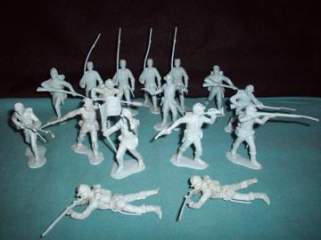 MARX Civil War Union (original) 16 figures in all 10 poses (flat light blue)   <font color=#CC0000>(54mm) </FONT>
