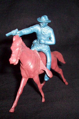 Marx Rin Tin Tin Fort Apache 60mm US cavalry mounted firing pistol with horse (original)