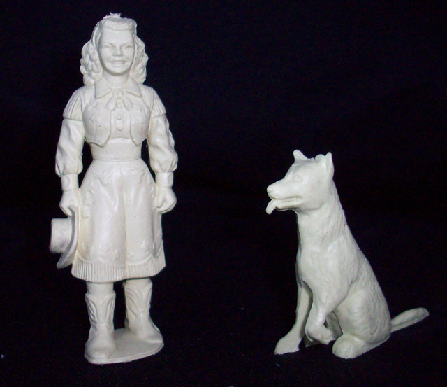 Marx 60mm Dale Evans and Bullet from Roy Rogers ranch playset(original)