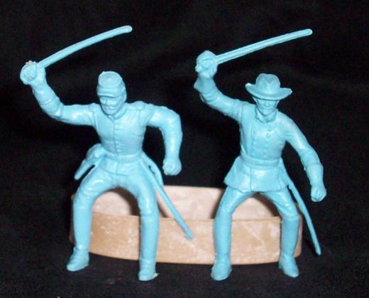 MARX Union Cavalry (original) 2 figures in 2 poses (flat light blue)   <font color=#CC0000>(54mm) </FONT>