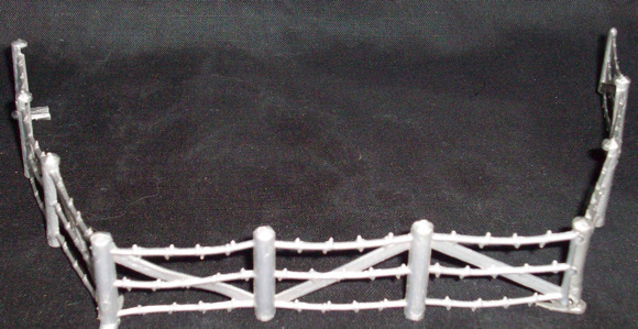 MARX Barbed Wire (original) 3 sections (silver)  <font color=#CC0000>(54mm) </FONT>