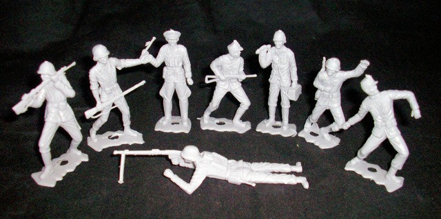 German Infantry (gray)  15 figures in 8 poses <font color=#CC0000>(54mm) </FONT>