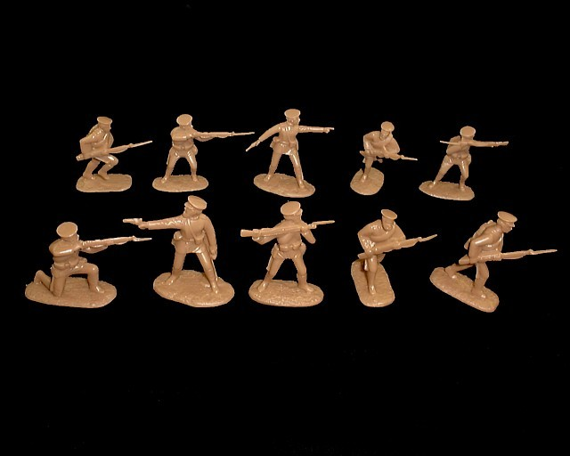 WWI Russian Infantry 20 figures in 10 poses (brown) (5484)  <FONT COLOR=#CC0000>(54mm) </FONT>