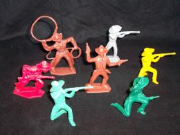 Werner toy soldiers  vintage western cowboys, 7 in all 6 poses, 60MM