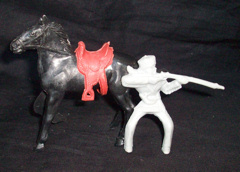 Timmee Toy soldiers original mounted frontiersman with horse + saddle