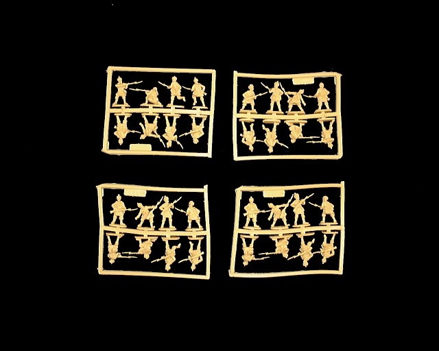 Highlander Infantry -- 32 pieces (8235) <FONT COLOR=#CC0000>(25mm) </FONT>