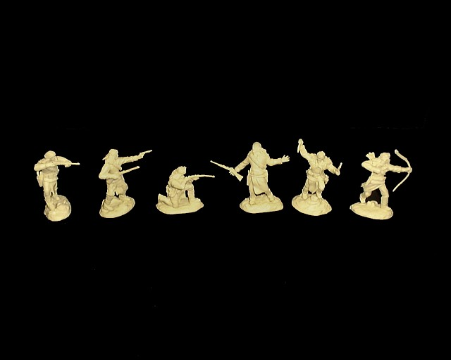 Apache Warriors afoot set #1 12 figures in 6 poses (cream) <FONT COLOR=#CC0000>(54mm) </FONT>
