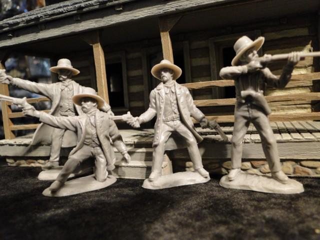 Wyatt Earp, Doc Holiday, Virgil & Morgan Earp <FONT COLOR=#CC0000>(54mm) </FONT>