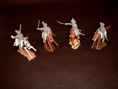 TIMPO Prussian Cavalry 4 mounted w/4 horses (gray)  <font color=#CC0000>(54mm) </FONT>