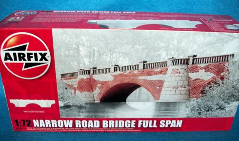 Narrow road stone bridge full span (1/72) Resin (A75011)