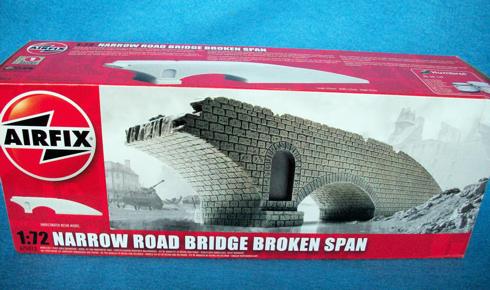 Narrow Road stone bridge broken span (Ho) 1/72 (A75012)