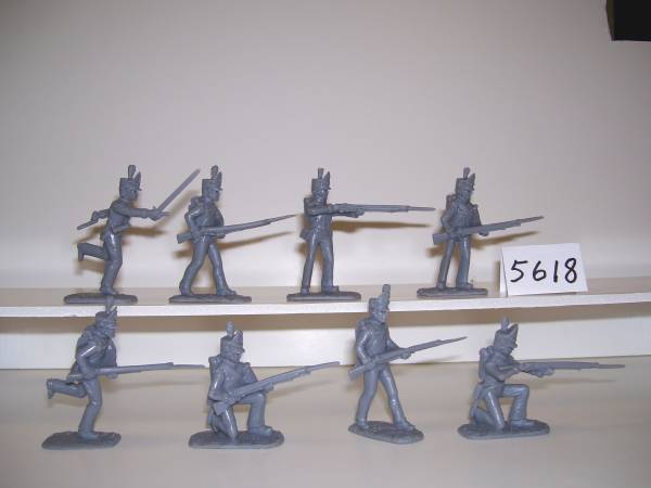 American War of 1812/Waterloo 1815 British Army 16 figures in 8 poses (5617) (54mm) in (red)