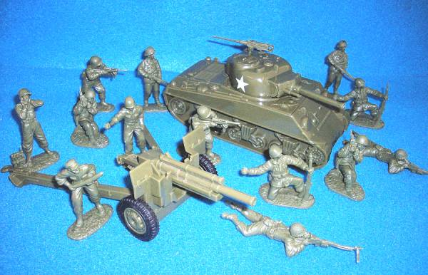 WWII US Combo Set, One US Sherman Tank plus One US 105mm Cannon and 13 US GI's