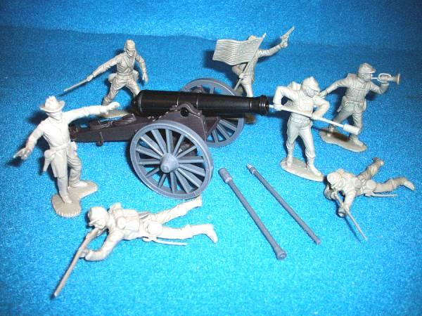 Civil War Three Inch Rifle Ordinance Cannon with Confederate artillery crew
