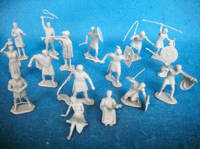 BEN HUR playset figures,21 in all 16 poses,54mm, gray