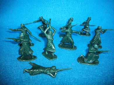 Arab Warriors 20 figures in 10 poses (green) (54mm)