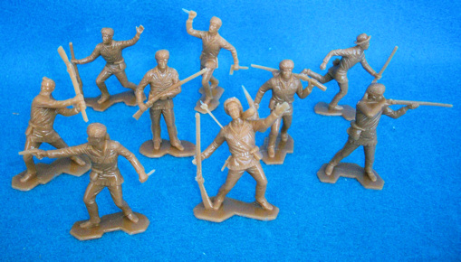 Boonesborough Pioneers 25 figures in 9 poses (tan)  <font color=#CC0000>(54mm) </FONT>