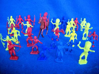 MPC original plastic American Indians, 28 figures in all 7 poses+horse
