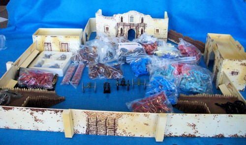 Classic Toy Soldiers original metal Alamo playset from 1996