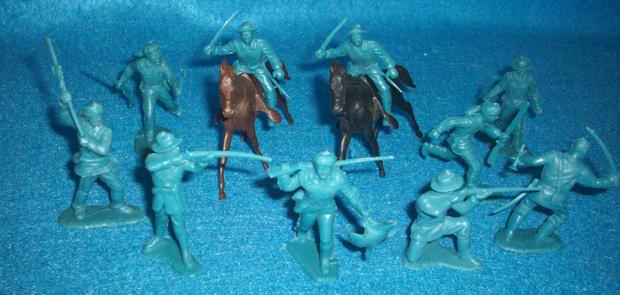 Marx original Fort Apache/Alamo frontiersmen/cavalry, 54mm aqua blue + horses
