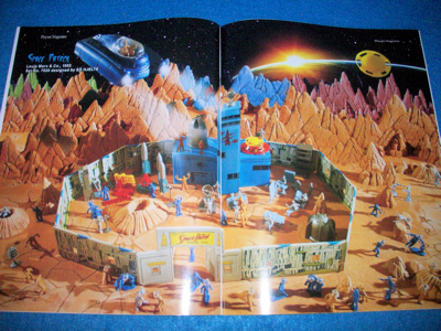 Playset Magazine #78 Marx Space Patrol playset plus much more
