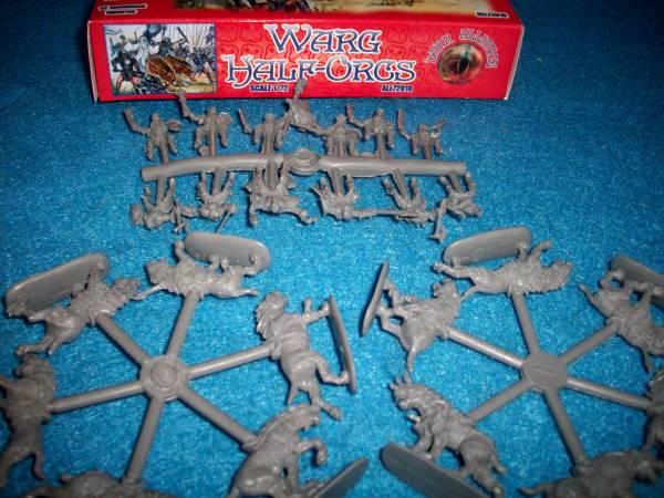 Dark Alliance Warg Half Orcs 12 Warg and 12 Riders 1:72 scale (72018)
