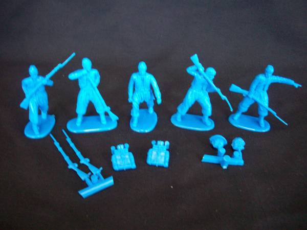 HAT Industries Civil War Zouaves set #2 with separate packs 18 figures in 5 poses in blue 1:32 sclae (9101)