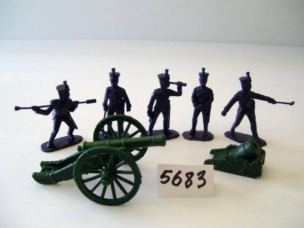 Armies in Plastic Napoleonic Wars, French Artillery, French 6 Pounder and Land Mortar,  54mm (5683)