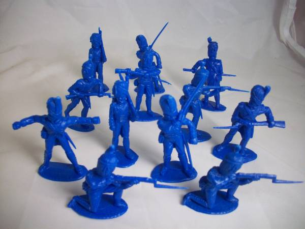 French Grenadier Infantry 12 figures in 8 poses (blue) <FONT COLOR=#CC0000>(54mm) </FONT>