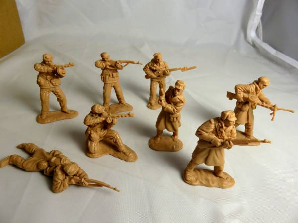 Classic Toy Soldiers, Inc Next Set of Korean War Figures North Koreans