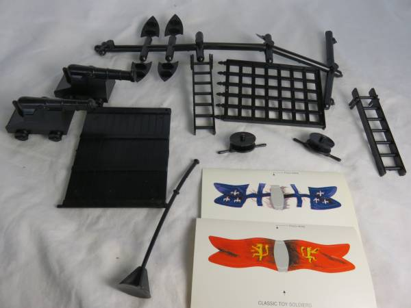 Castle accessories (black) and flags (54mm) </FONT>