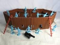 CTS731A Stockade Fort IN BROWN W/ Soldiers, cannons & ladders (54MM)