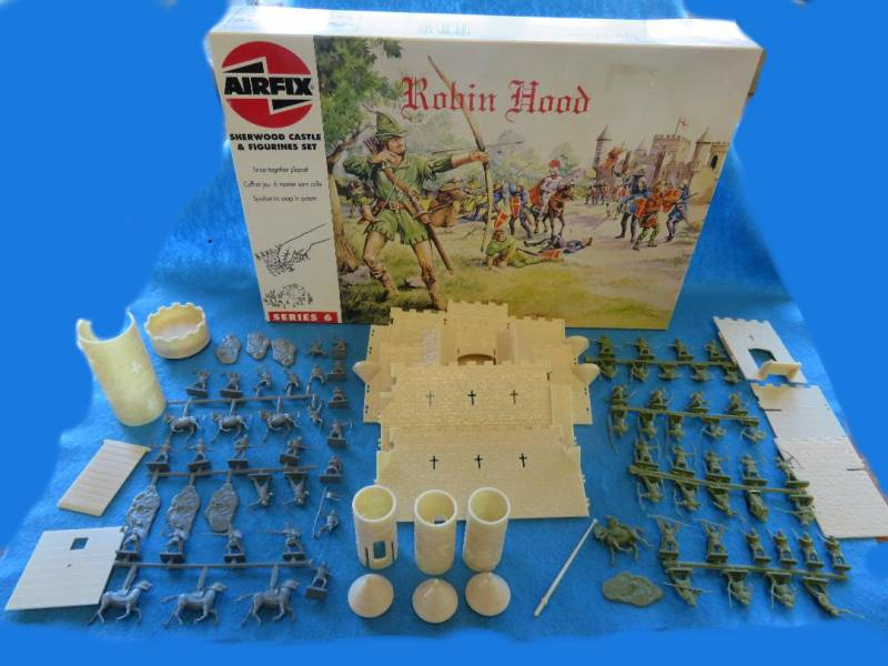 Airfix 1/72 Robin Hood castle playset #06702-out of production, 1993