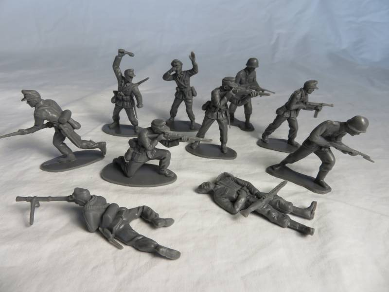Airfix WWII German Africa Korps, gray, 54mm