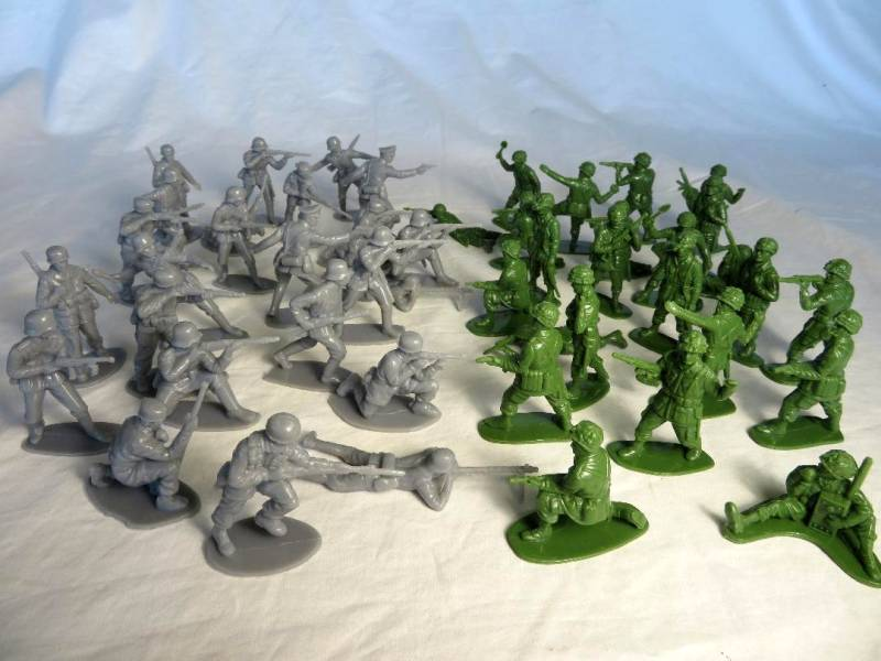 Airfix/China made figures: WWII Combo Set: 24 US GI's and 24 German Infantry