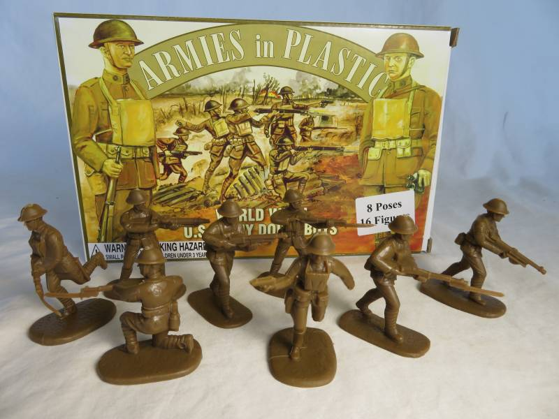 WWI Doughboys 16 figures in 8 poses (brown)  (5401) <font color=#CC0000>(54mm) </FONT>