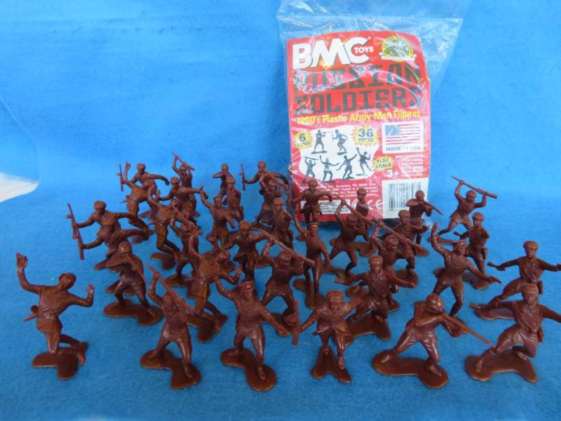 BMC/MARX WWII Russian infantry 54mm 36 figures in all 6 poses