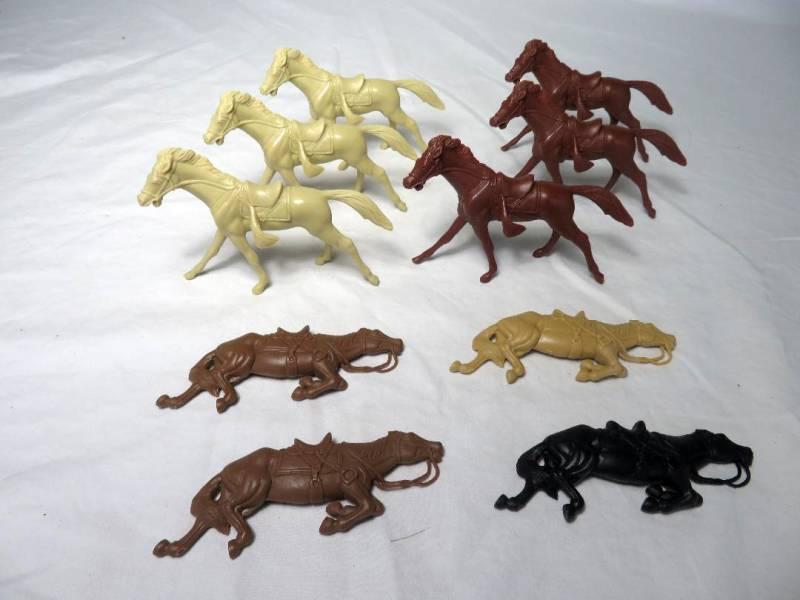 Cavalry Horse X6 +4 dead horses Combo Set