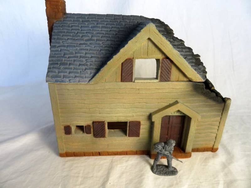CTS Destroyed Farm House (54MM) Painted