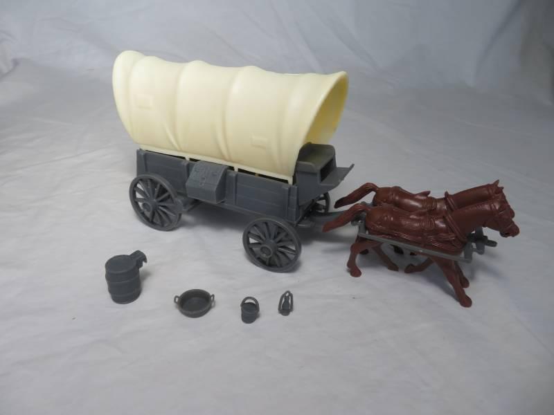 Conestoga Wagon (gray) w/2 different tops (cream), 2 horse hitch