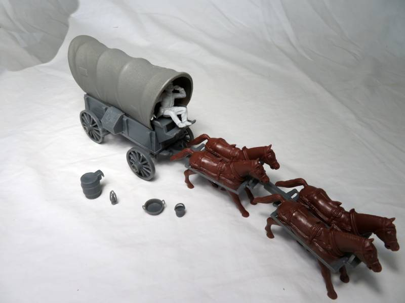 Conestoga Wagon (gray) w/2 different tops (gray), 4 horse hitch and driver  <font color=#CC0000>(54mm) </FONT>